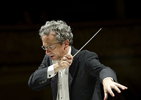 Fabio Luisi, conducting